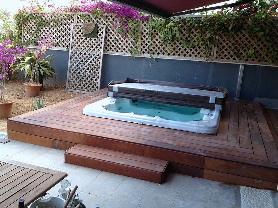 Jacuzzi madera jacuzzi y de madera lujo a persona for Jacuzzi exterior 2 personas